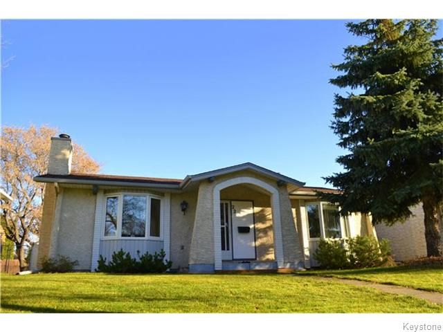Main Photo: 22 Lakedale Place in Winnipeg: Waverley Heights Residential for sale (1L)  : MLS®# 1628614
