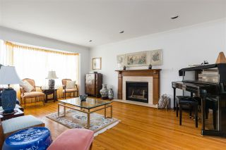 Photo 2: 366 W 26TH Avenue in Vancouver: Cambie House for sale (Vancouver West)  : MLS®# R2449624
