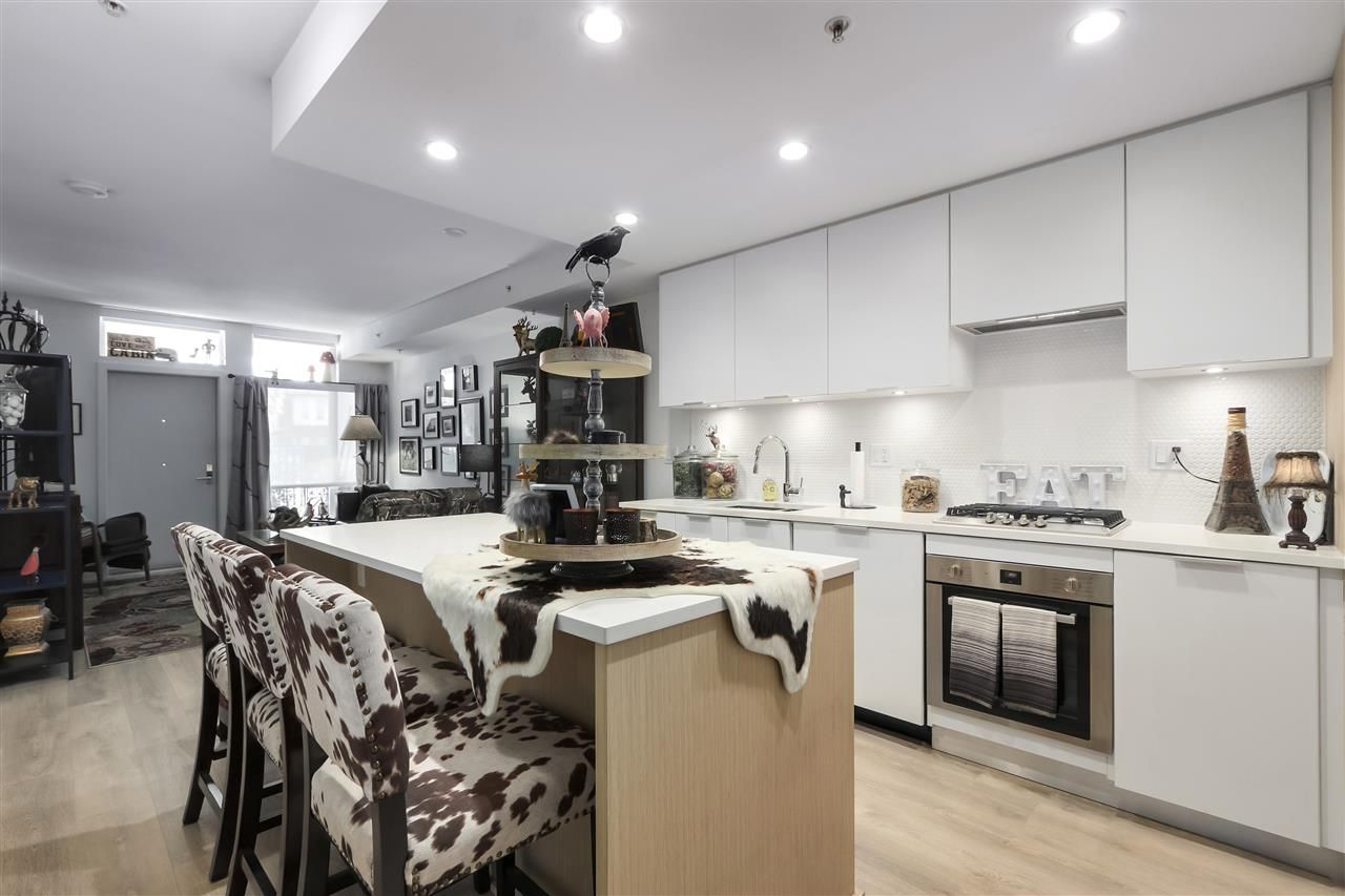 """Photo 6: Photos: 101 5085 MAIN Street in Vancouver: Main Condo for sale in """"EASTPARK"""" (Vancouver East)  : MLS®# R2450748"""