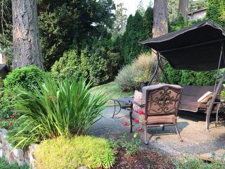 Photo 2: 958 Royal Oak Dr in Saanich: SE Broadmead House for sale (Saanich East)  : MLS®# 886830