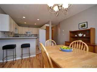 Photo 17: 102 710 Massie Dr in VICTORIA: La Langford Proper Row/Townhouse for sale (Langford)  : MLS®# 610225
