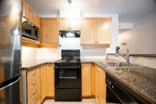 """Photo 12: 408 997 W 22ND Avenue in Vancouver: Cambie Condo for sale in """"THE CRESCENT IN SHAUGHNESSY"""" (Vancouver West)  : MLS®# R2585378"""
