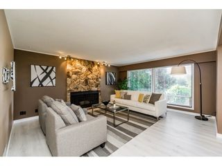 Photo 4: 5275 SPRINGDALE Court in Burnaby: Parkcrest House for sale (Burnaby North)  : MLS®# R2100952