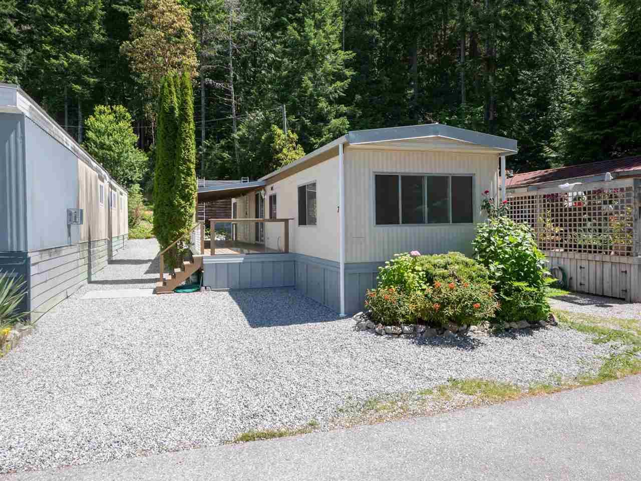 720 sf mobile home has been completely renovated as of 2021. New drainage installed in driveway as well, topped with quality gravel.
