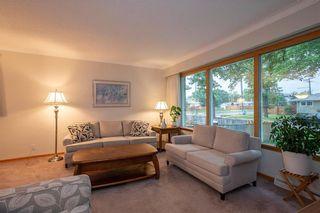 Photo 3: 688 Renfrew Street in Winnipeg: River Heights Residential for sale (1D)  : MLS®# 202122783