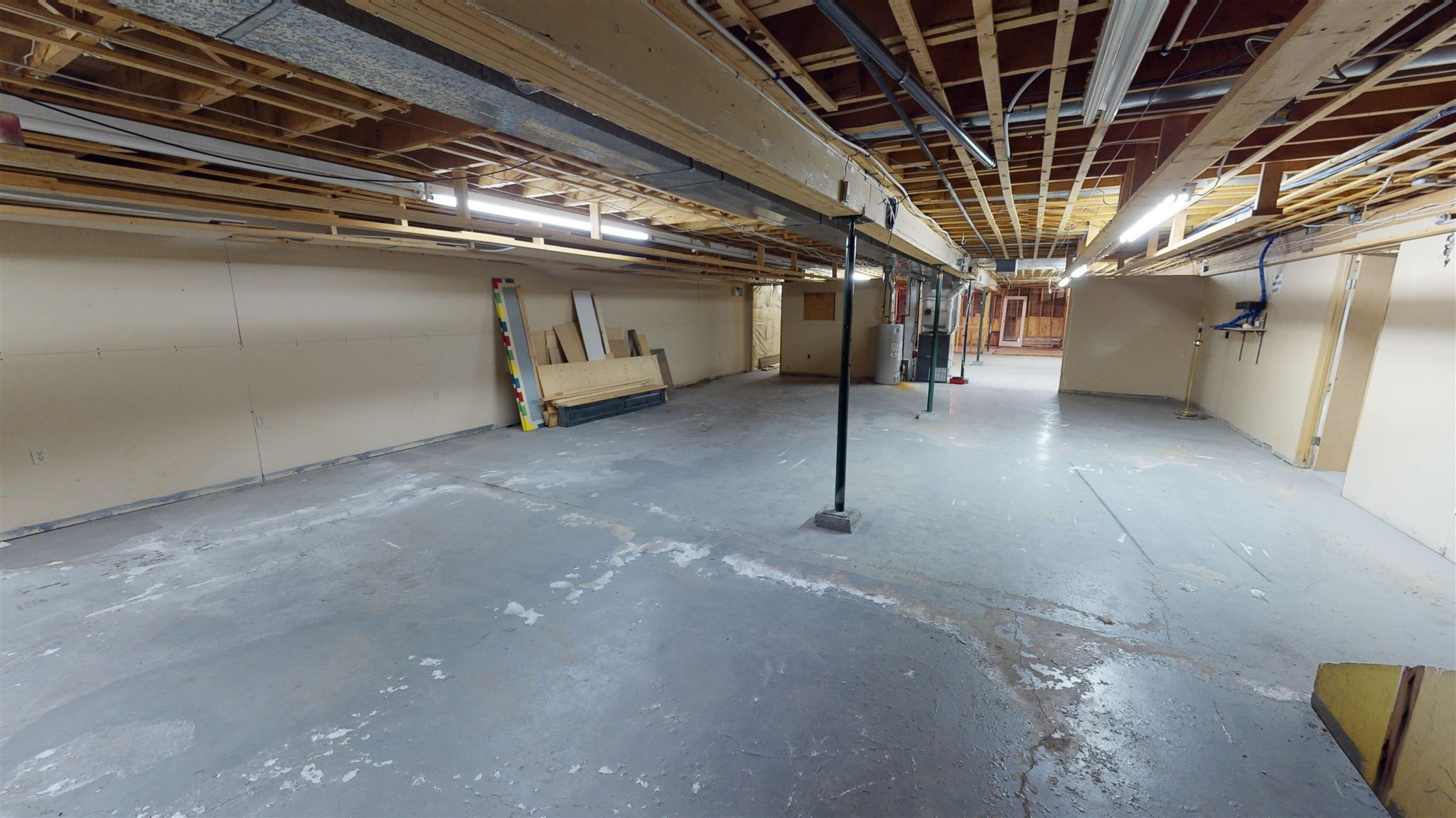 Photo 34: Photos: 10067 100 Avenue in Fort St. John: Fort St. John - City NW Office for sale (Fort St. John (Zone 60))  : MLS®# C8039097