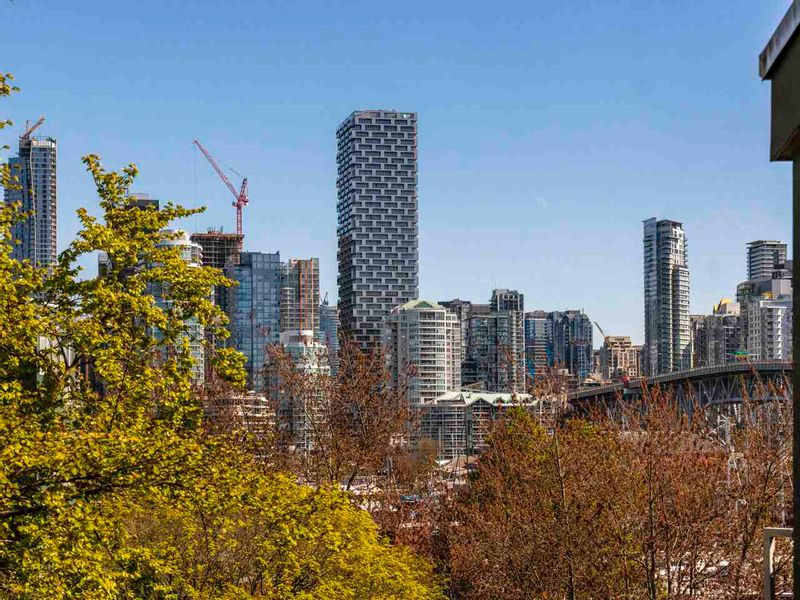FEATURED LISTING: 408 - 1550 MARINER Walk Vancouver