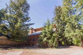 """Photo 2: 8123 ALPINE Way in Whistler: Alpine Meadows House for sale in """"Alpine Meadows"""" : MLS®# R2591210"""