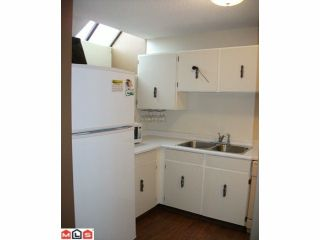 """Photo 8: 44 17706 60TH Avenue in Surrey: Cloverdale BC Condo for sale in """"CLOVER PARK"""" (Cloverdale)  : MLS®# F1204628"""