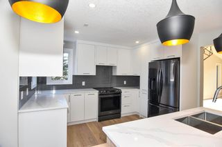 Photo 12: 77 Christie Park View SW in Calgary: Christie Park Detached for sale : MLS®# A1069071