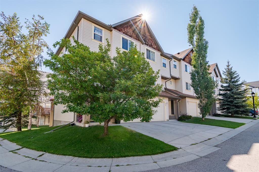 Main Photo: 224 Copperfield Lane SE in Calgary: Copperfield Row/Townhouse for sale : MLS®# A1140752