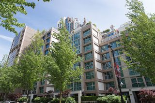 """Photo 1: 106 1338 HOMER Street in Vancouver: Yaletown Condo for sale in """"GOVERNOR'S VILLA"""" (Vancouver West)  : MLS®# V1065640"""