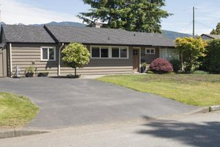 """Photo 4: 1286 MCBRIDE Street in North Vancouver: Norgate House for sale in """"NORGATE"""" : MLS®# R2077212"""