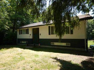Photo 1: 27810 110 Avenue in Maple Ridge: Whonnock House for sale : MLS®# R2602015
