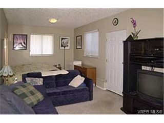 Photo 6:  in VICTORIA: La Florence Lake House for sale (Langford)  : MLS®# 424332