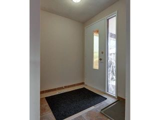 Photo 10: 536 20 Avenue NW in CALGARY: Mount Pleasant Duplex Side By Side for sale (Calgary)  : MLS®# C3598211