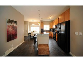 Photo 2: 90 COUGARTOWN Circle SW in CALGARY: Cougar Ridge Residential Detached Single Family for sale (Calgary)  : MLS®# C3522598