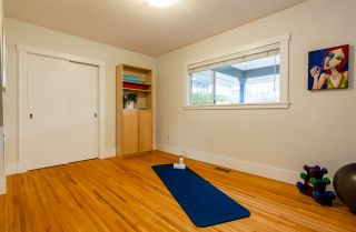 Photo 29: 15539 SEMIAHMOO AVENUE: White Rock House for sale (South Surrey White Rock)  : MLS®# R2554599