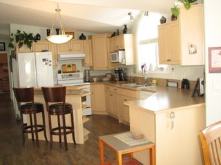 Photo 16: 68 1510 Tans Can Hwy: Sorrento Manufactured Home for sale (Shuswap)  : MLS®# 10225678