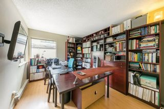 Photo 13: 5767 MAYVIEW Circle in Burnaby: Burnaby Lake Townhouse for sale (Burnaby South)  : MLS®# R2453686