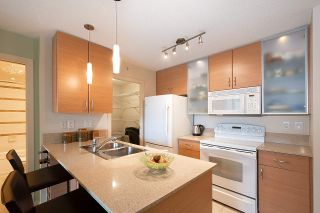 Photo 13: 710 928 HOMER STREET in Vancouver: Yaletown Condo for sale (Vancouver West)  : MLS®# R2429120