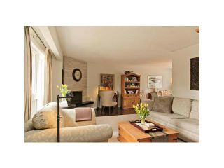 Photo 2: 1328 MAPLEGLADE Crescent SE in CALGARY: Maple Ridge Residential Detached Single Family for sale (Calgary)  : MLS®# C3565227