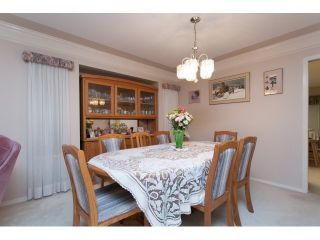 """Photo 5: 22071 OLD YALE Road in Langley: Murrayville House for sale in """"UPPER MURRAYVILLE"""" : MLS®# R2028822"""