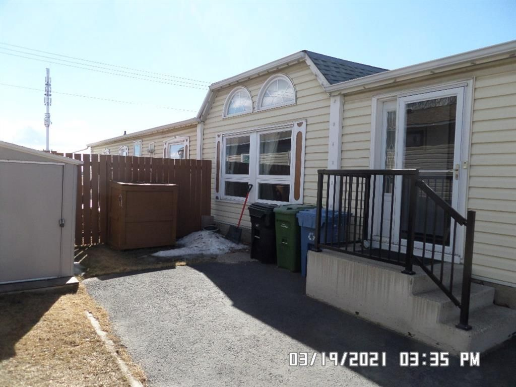 Main Photo: 162 Erin Woods Circle SE in Calgary: Erin Woods Detached for sale : MLS®# A1091829