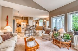 Photo 13: 252 Simcoe Place SW in Calgary: Signal Hill Semi Detached for sale : MLS®# A1131630