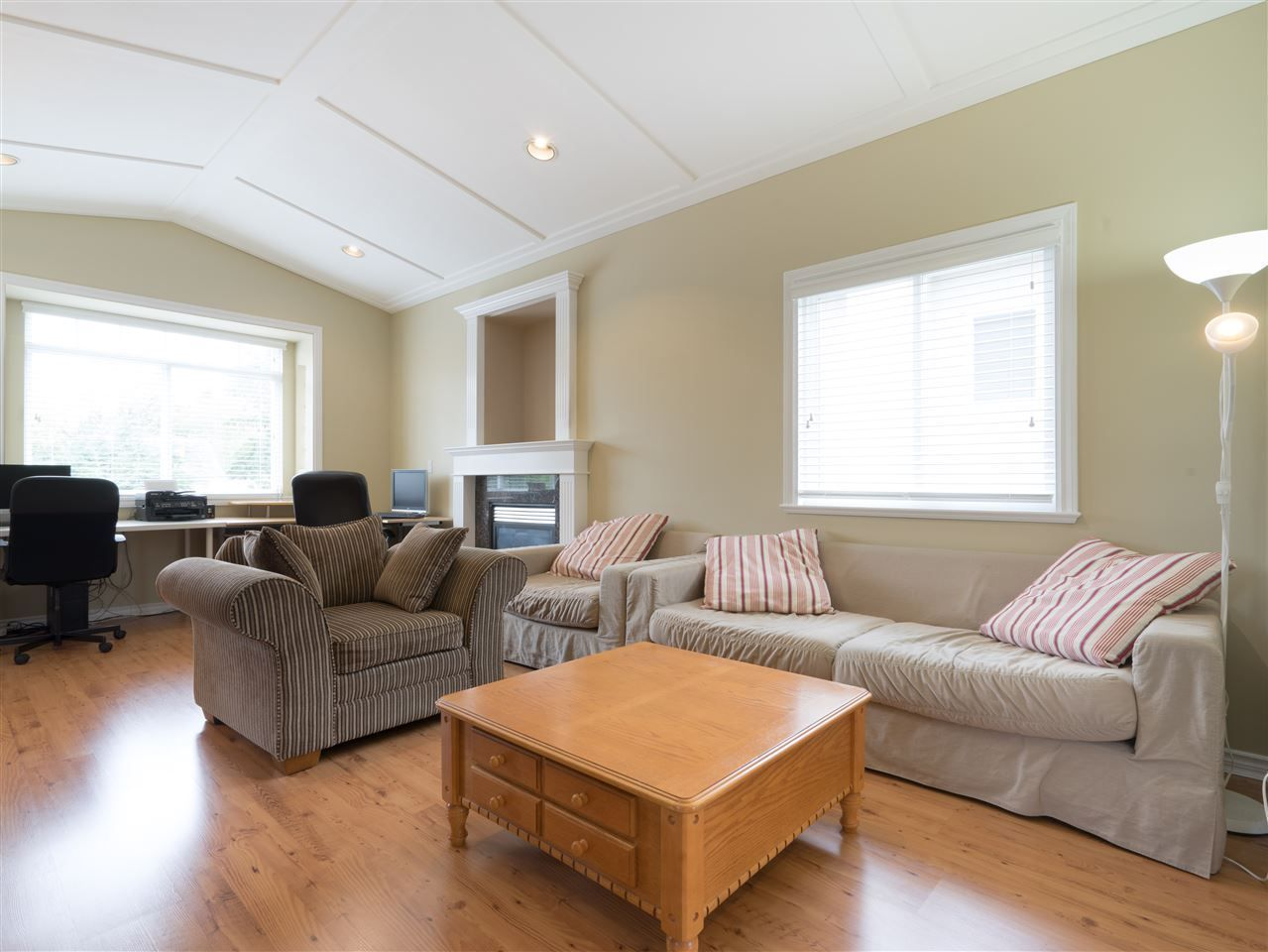 Photo 5: Photos: 2052 WESTVIEW Drive in North Vancouver: Central Lonsdale House for sale : MLS®# R2530544