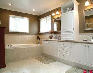 "Photo 6: 21704 89TH AV in Langley: Walnut Grove House for sale in ""Madison Park"" : MLS®# F2515969"