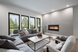 Photo 4: 4638 Woodgreen Drive in West Vancouver: Cypress Park Estates House for sale : MLS®# r2444495