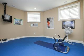 Photo 31: 1420 Woodward Crescent in Edmonton: House for sale