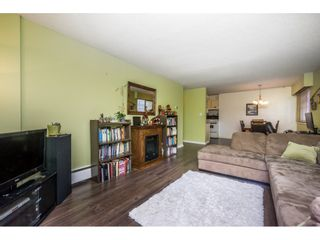 """Photo 6: 224 7436 STAVE LAKE Street in Mission: Mission BC Condo for sale in """"GLENKIRK COURT"""" : MLS®# R2143351"""