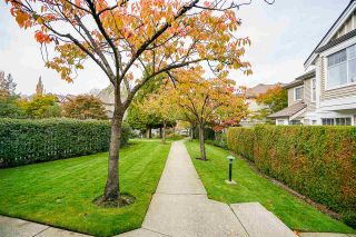"""Photo 19: 6 5950 OAKDALE Road in Burnaby: Oaklands Townhouse for sale in """"Heathercrest"""" (Burnaby South)  : MLS®# R2215399"""