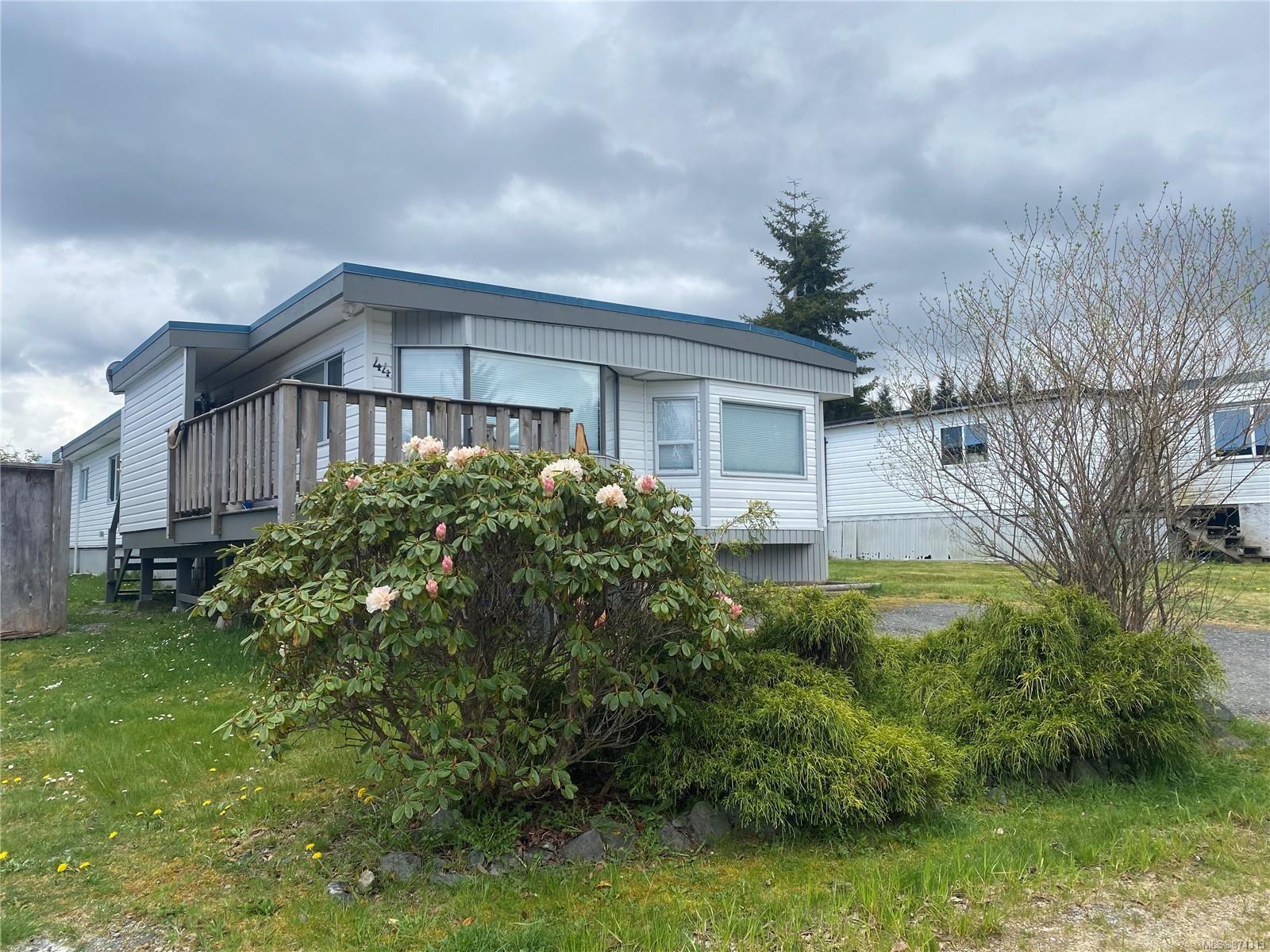 Main Photo: 44 7100 Highview Rd in : NI Port Hardy Manufactured Home for sale (North Island)  : MLS®# 874313
