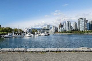 """Photo 19: 1012 IRONWORK Passage in Vancouver: False Creek Townhouse for sale in """"MARINE MEWS"""" (Vancouver West)  : MLS®# R2207669"""