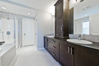 Photo 18: 7912 Masters Boulevard SE in Calgary: Mahogany Detached for sale : MLS®# A1095027