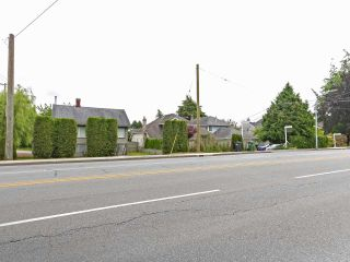 Main Photo: 10026 NO. 2 Road in Richmond: Woodwards House for sale : MLS®# R2595520