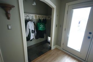Photo 14: 3207 ALFEGE Street SW in Calgary: Upper Mount Royal Detached for sale : MLS®# A1055978