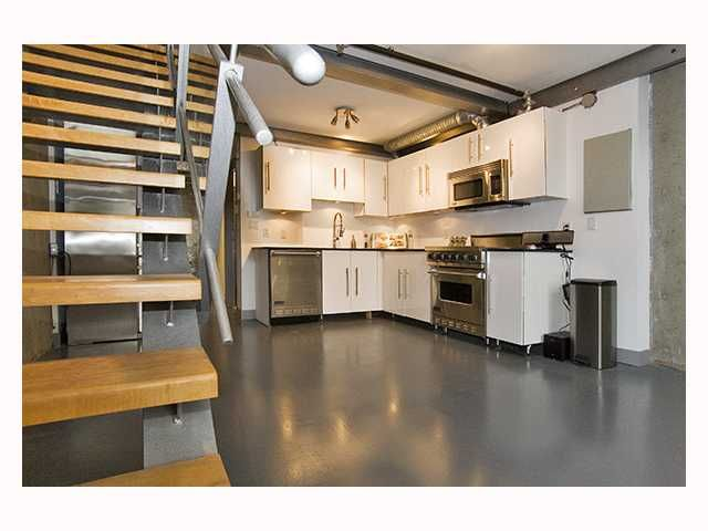 """Main Photo: 510 1529 W 6TH Avenue in Vancouver: False Creek Condo for sale in """"WSIX"""" (Vancouver West)  : MLS®# V818307"""