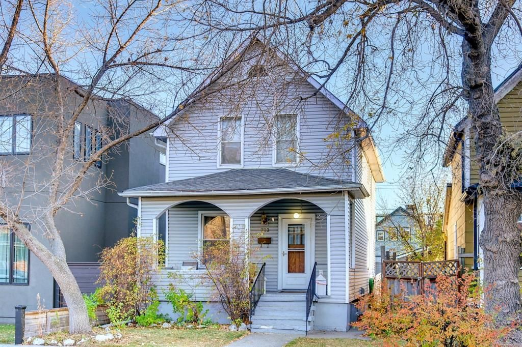 Main Photo: 723 23 Avenue SE in Calgary: Ramsay Detached for sale : MLS®# A1153813