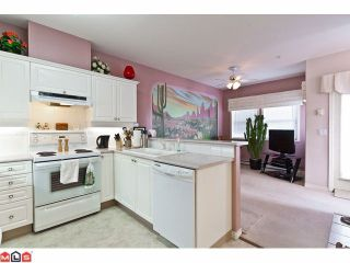 """Photo 2: # 402 1630 154TH ST in Surrey: King George Corridor Condo for sale in """"CARLTON COURT"""" (South Surrey White Rock)  : MLS®# F1202707"""