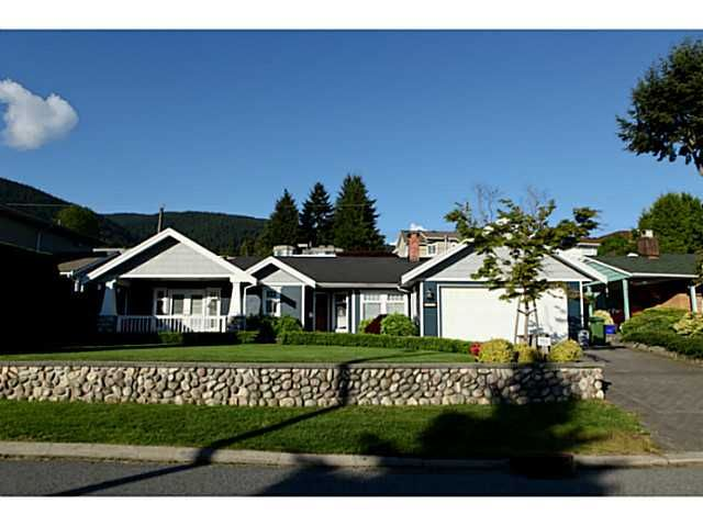 Main Photo: 4190 HIGHLAND Boulevard in North Vancouver: Forest Hills NV House for sale : MLS®# V1006963
