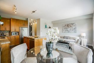 """Photo 16: 8 2738 158 Street in Surrey: Grandview Surrey Townhouse for sale in """"CATHEDRAL GROVE"""" (South Surrey White Rock)  : MLS®# R2463712"""