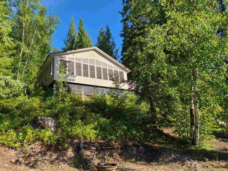 FEATURED LISTING: 7800 MEIER Road West Cluculz Lake