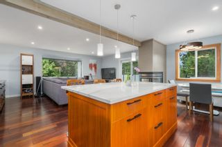 Photo 2: 42025 GOVERNMENT Road: Brackendale House for sale (Squamish)  : MLS®# R2615355