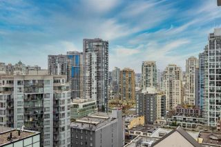 """Photo 14: 2002 1283 HOWE Street in Vancouver: Downtown VW Condo for sale in """"Tate Downtown"""" (Vancouver West)  : MLS®# R2562552"""