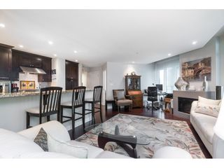 """Photo 12: 205 14824 NORTH BLUFF Road: White Rock Condo for sale in """"Belaire"""" (South Surrey White Rock)  : MLS®# R2456173"""