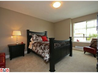 Photo 7: 2 7332 194A Street in Surrey: Clayton Townhouse for sale (Cloverdale)  : MLS®# F1019086